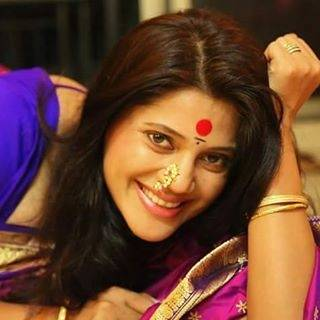These real life pics of Mata Kusum Sundari aka Karuna Pandey will sweep you off your feet!