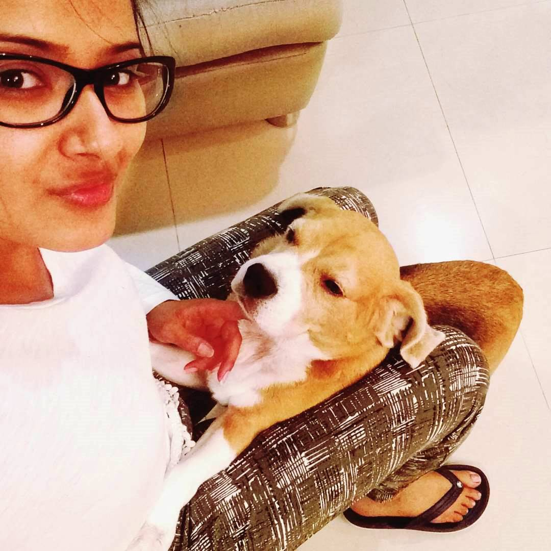 These pictures prove how much Kratika loves spending time with her cute pet!