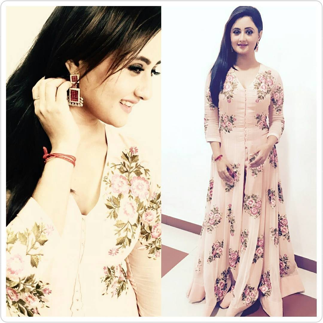 Rashami Desai Looks Too Adorable In These Pictures