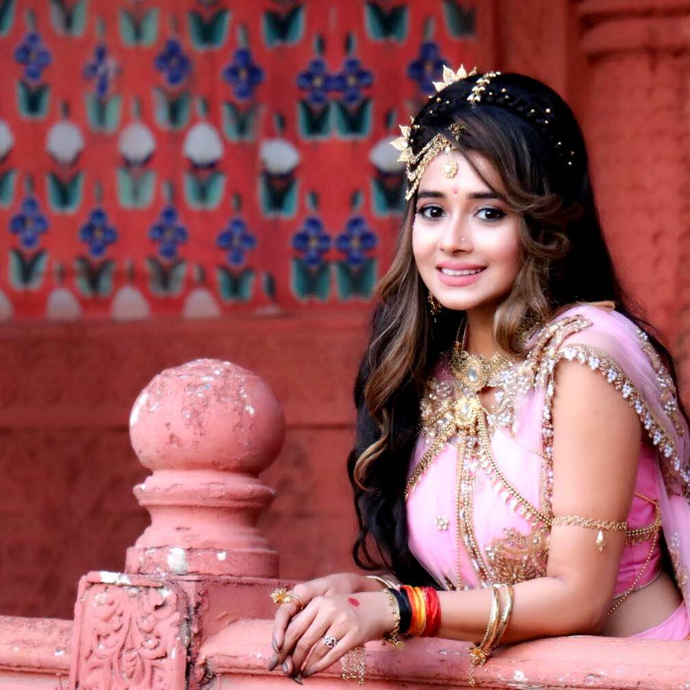 We are loving Tina Datta's avtaar as 'Dhamini' on 'Shani', how about you?