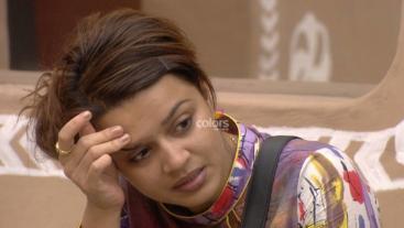 Aashka disses and Nirahua misses!