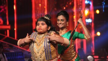 Akshat finds a fan in Emraan Hashmi! #Jhalak
