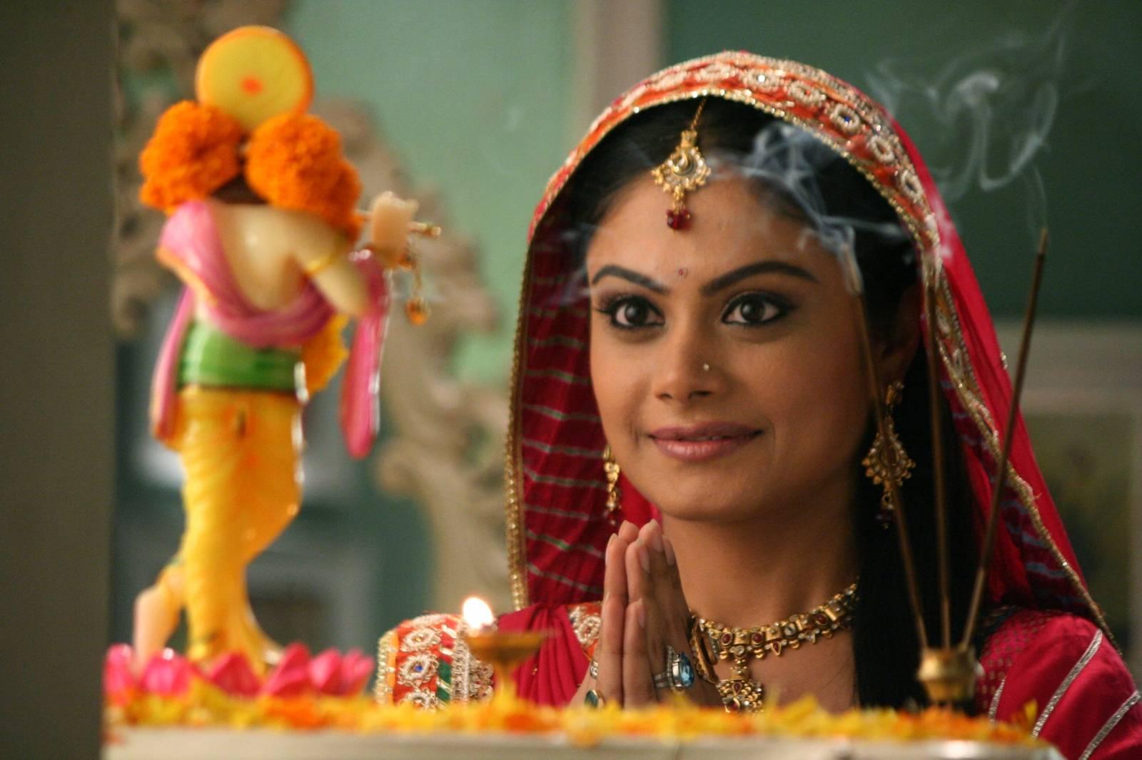 Индийское кино ананди последняя серия, жена кончила дома крупным планом видео