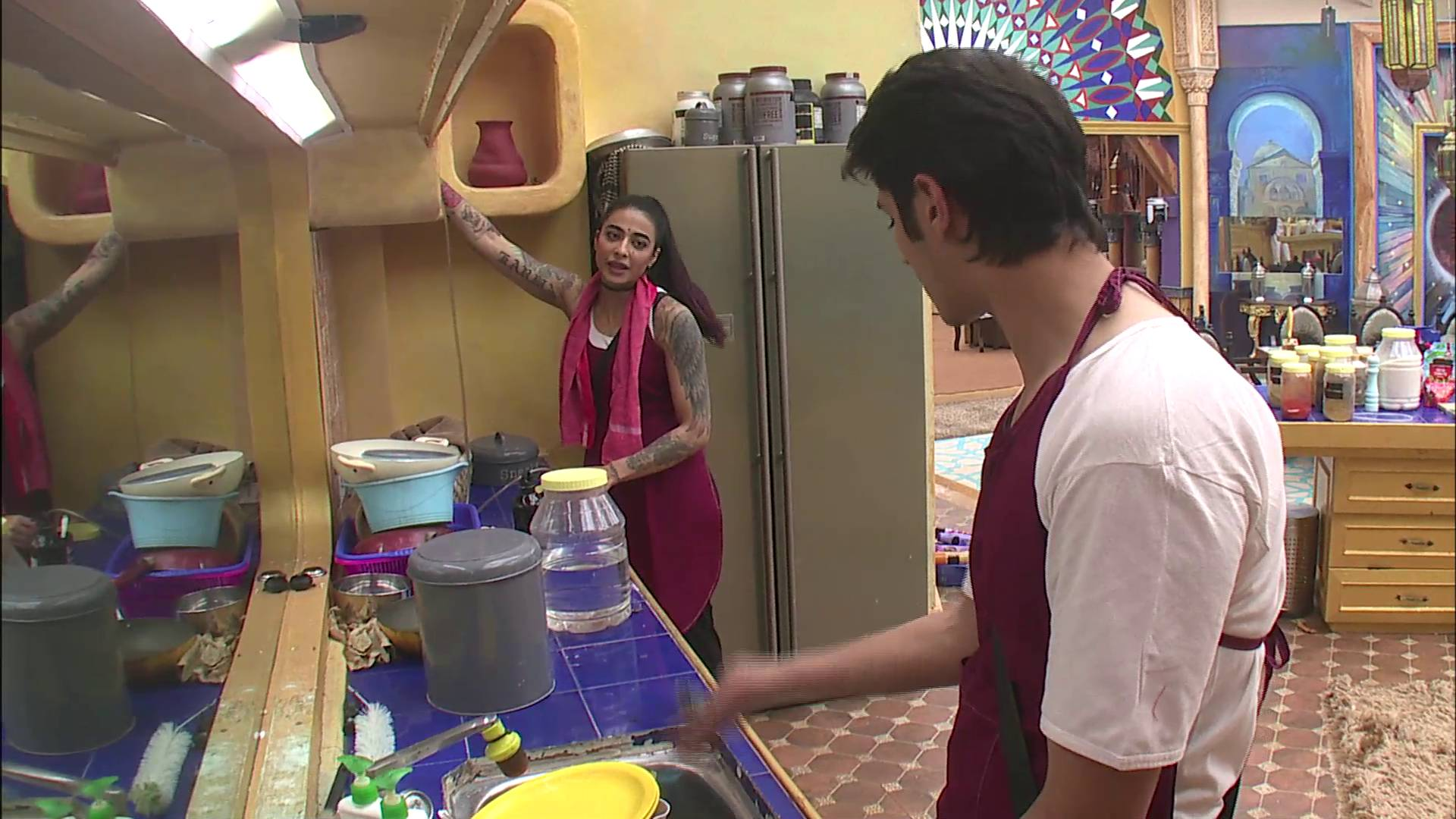 Andekha Action: Bani & Rohan's fight during 'BB Dhaaba' task.