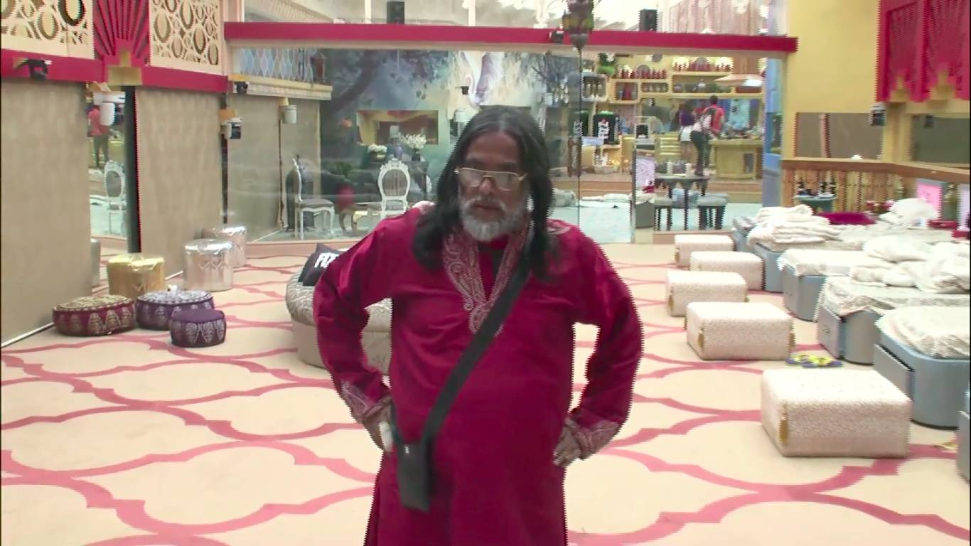 Andekha Action: 'Haarna meri fitrat nahI' says Swami Om on Bigg Boss 10