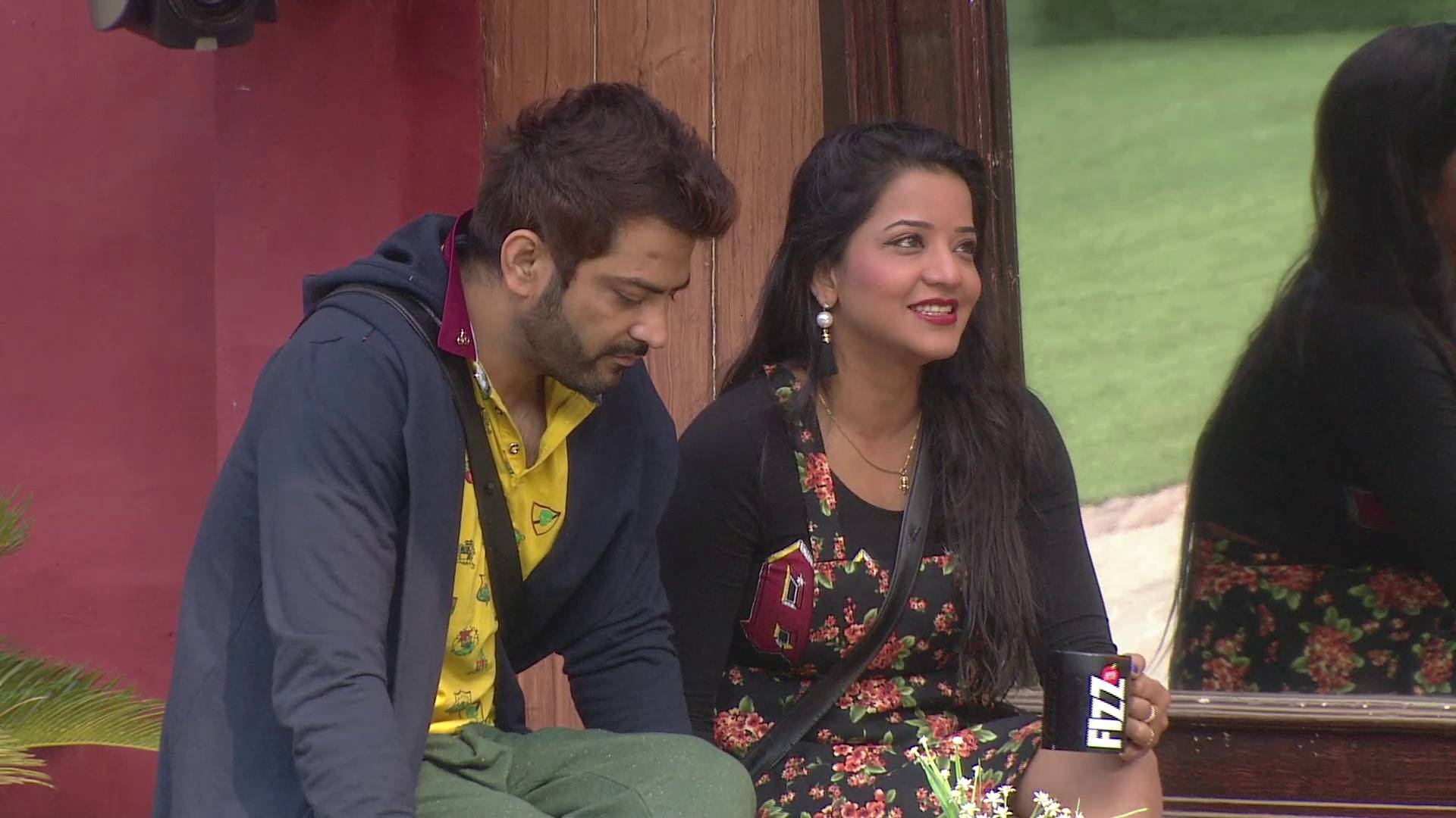 Andekha Action: Manu and Monalisa have a discussion on Bigg Boss 10