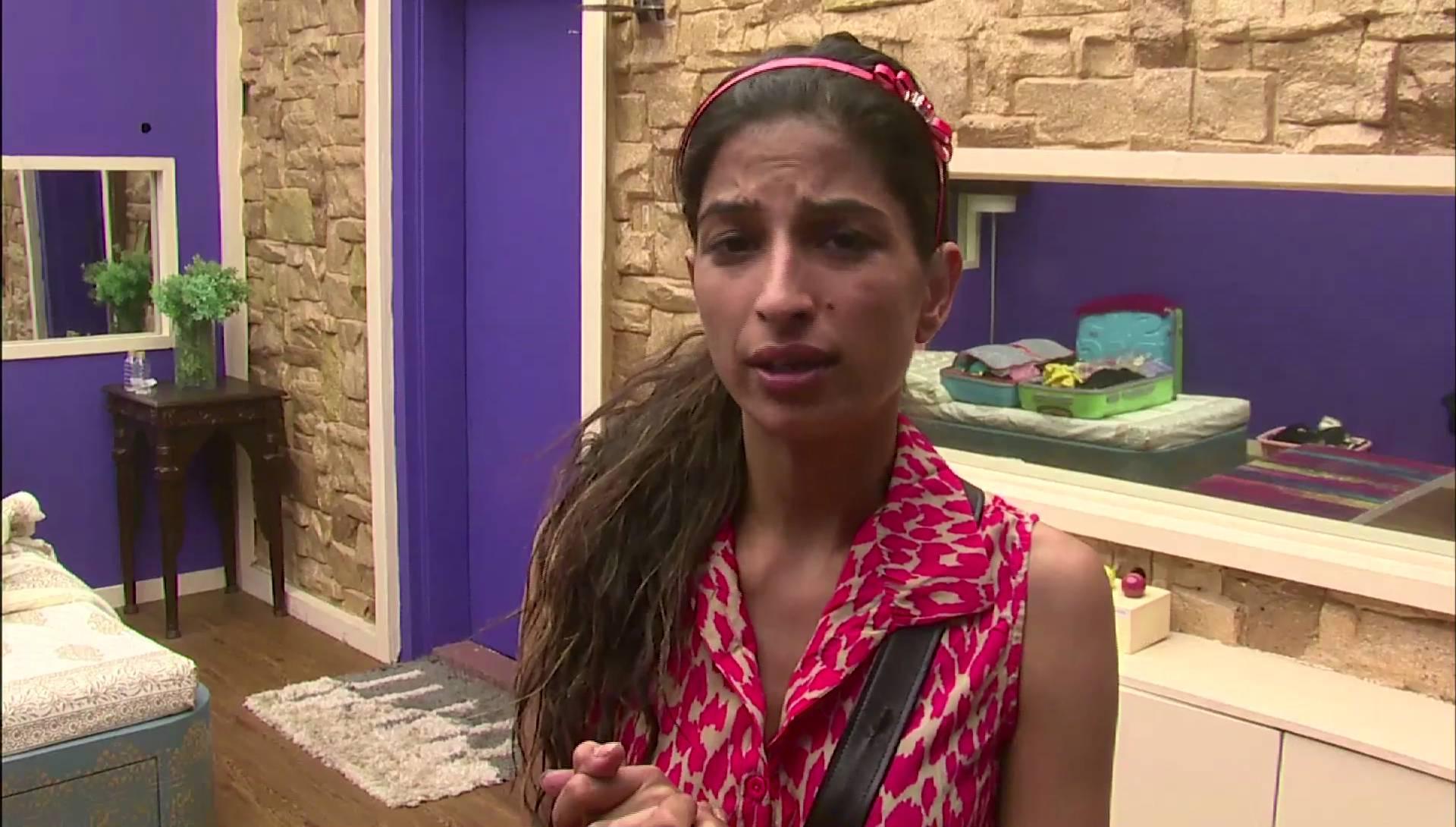 Andekha Action: Priyanka opens up to the camera