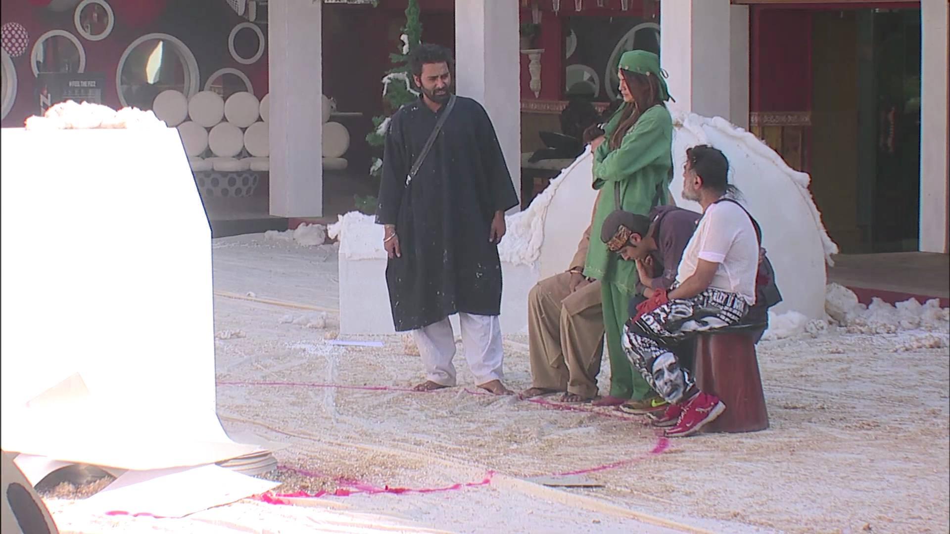 Andekha Action: Rohan get upset by Swami Om and Manveer's behavior!