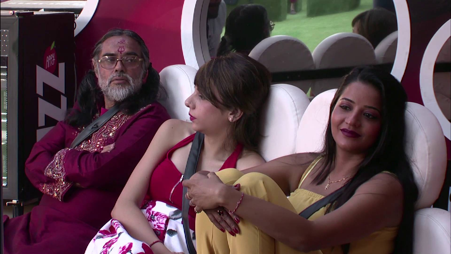 Andekha Action: Swami Om is at it yet again!