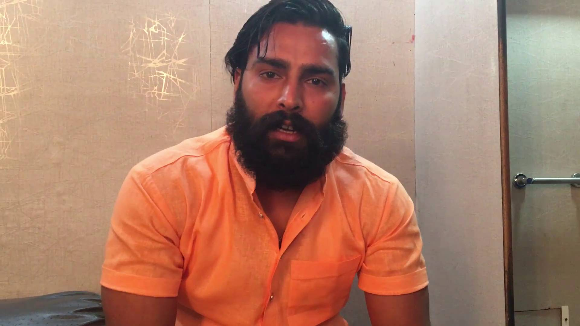 BB10 Contestant Manveer's exclusive interview