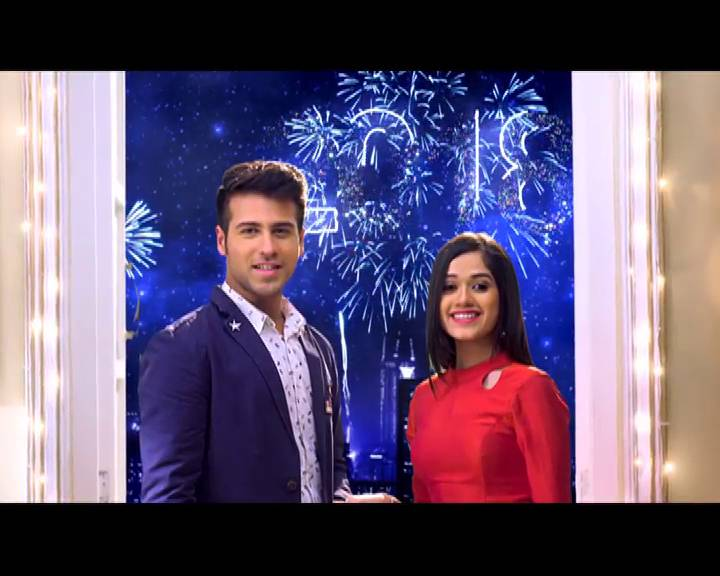 Best wishes for the New Year from Ahaan & Pankti from Tu Aashiqui!