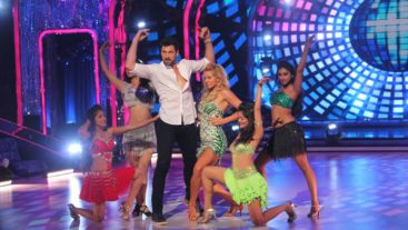 Bootylicious moments from Maksim's performance!