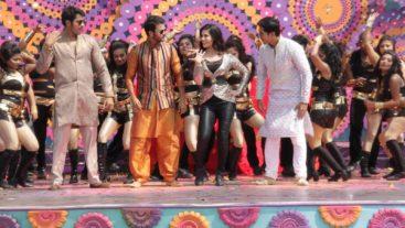 Colors stars attend Holi bash!