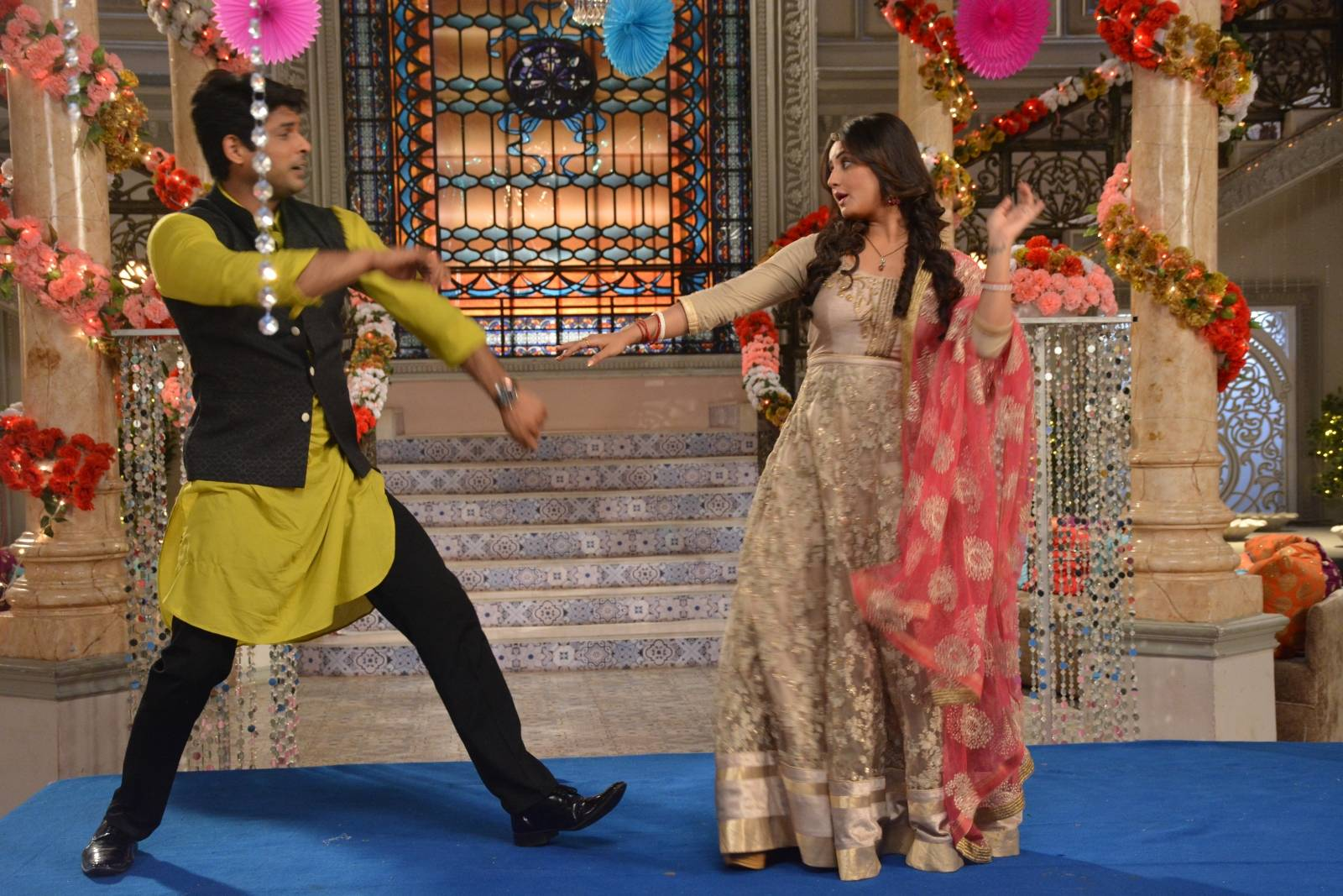 We loved to see them dancing on Dil Se Dil Tak.