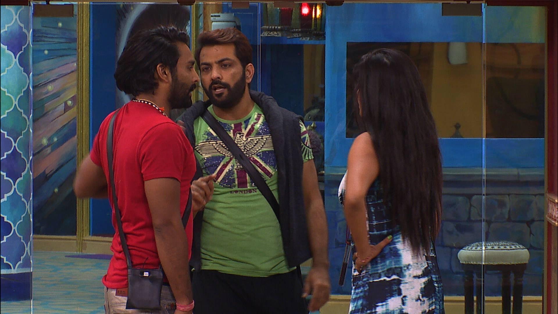 Manveer Gurjar & Manu Punjabi's unbreakable bond on Bigg Boss 10