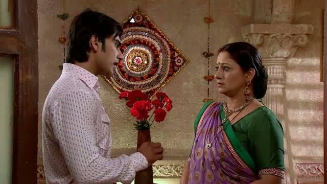 Hitesh tries to brainwash Lily: Ep-119, Sanskaar-2 #Seg 1