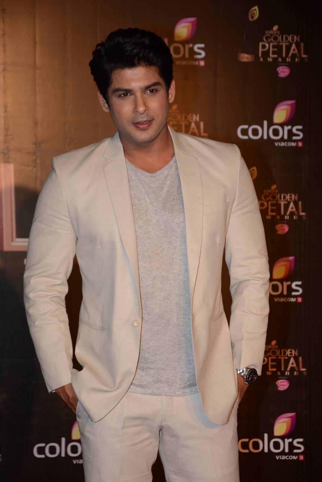 I thank everyone for loving me: Sidharth Shukla