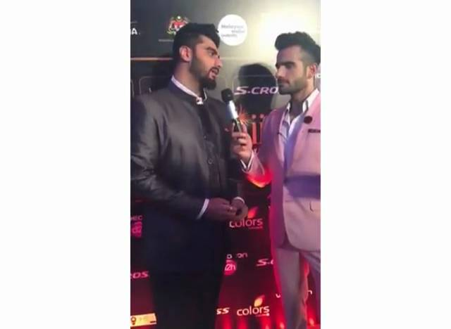 IIFA 2015 Highlights: Arjun Kapoor describe himself!