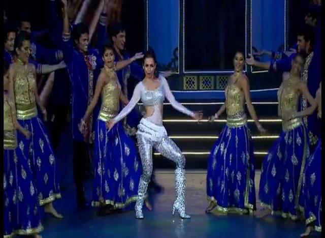 IIFA Rocks: Munni Malaika burns the dance floor!