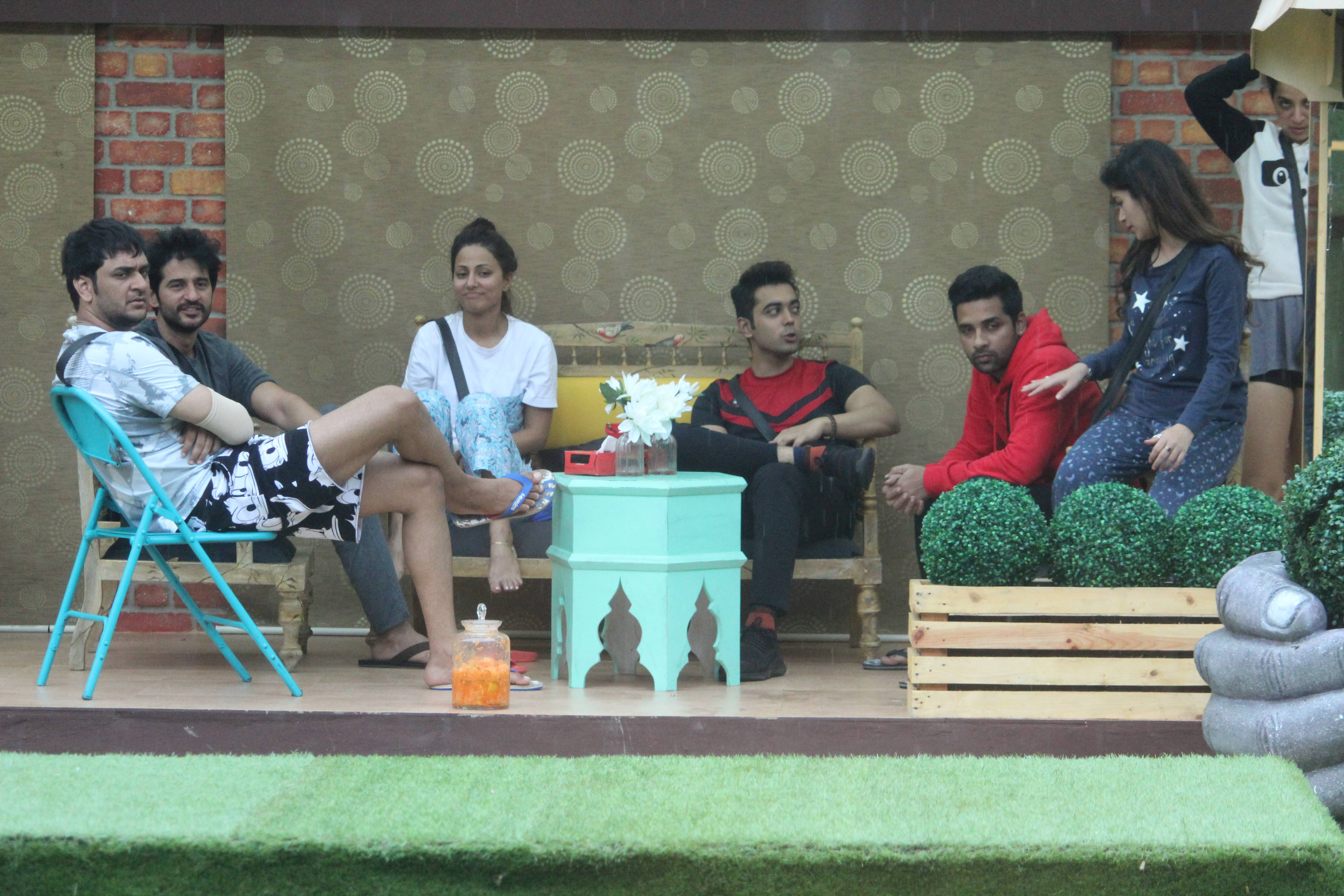 Splash: It's chill time by the pool for Bigg Boss housemates!