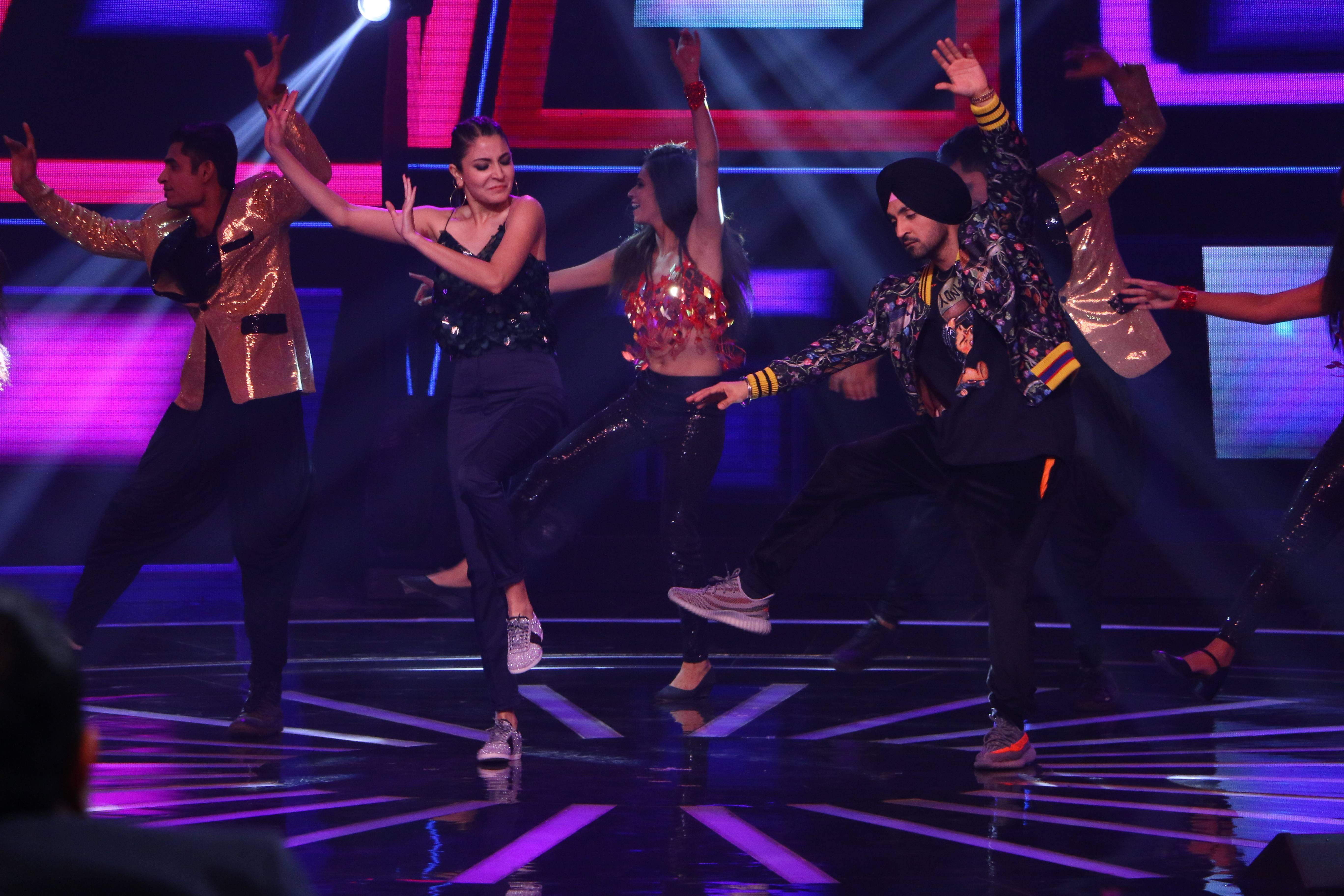 Anushka Sharma and Diljit Dosanjh Shake A Leg