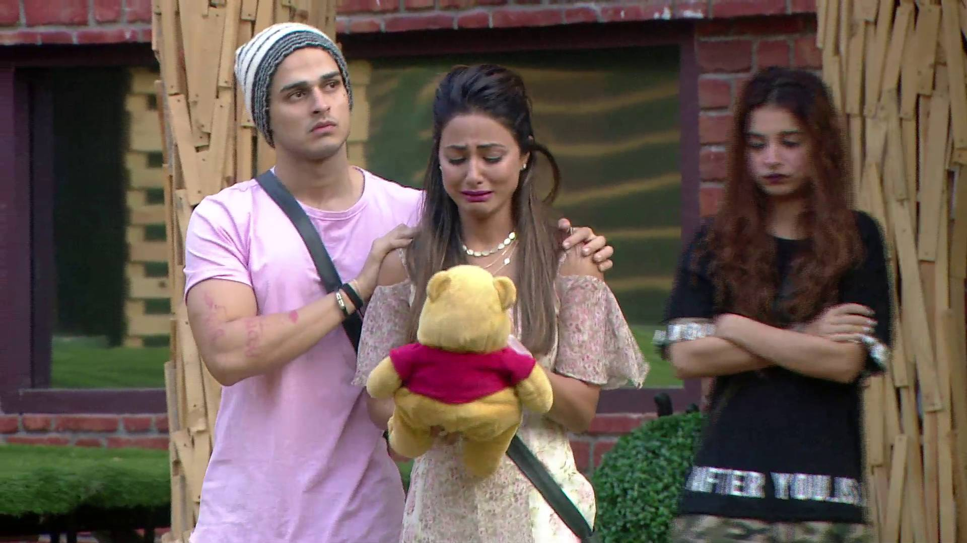 In order to prove their friendship Bigg Boss housemates to cross all their limits!