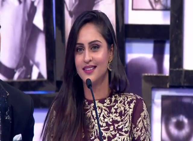 Krystle Dsouza Wins Most Stylish Off-Screen #TSA