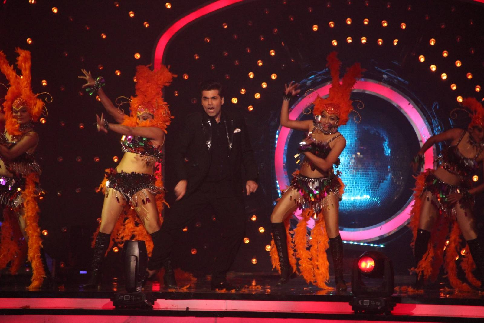 LEAKED: Karan Johar rocks the Jhalak Finale!