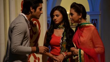 Love Trapped: Looks like Love isn't a fairytale for Swara, Ragini and Lucky?