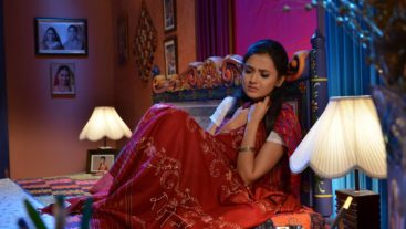 Lucky breaks Ragini's heart? #Swaragini