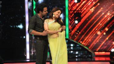 Madhuri is Emraan's first love! #Jhalak