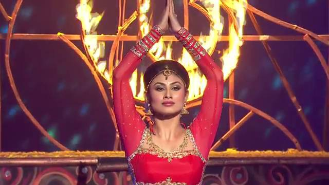 Mouni Roy's performance #JhalakSuperFinale