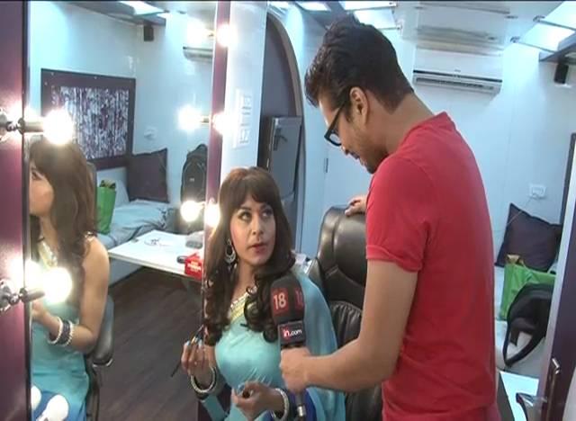 Pammi's Vanity Van #Mrs. Pammi Pyarelal