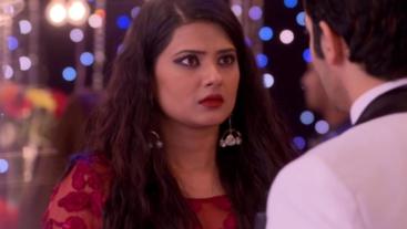 Purab & Malaika's Attempt To Murder Tanuja Fails Again on 'Kasam'