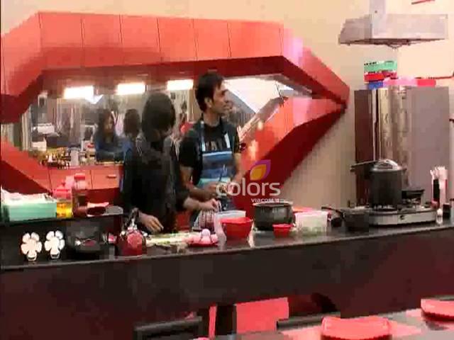 Rajeev taunts Urvashi #Day 11, Sneak Peek