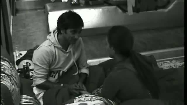 Rajev gives Sana a massage #Day 96, Uncensored