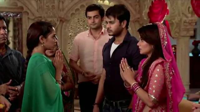 Recap:Bhoomi's encounters with Bharti #Sanskaar
