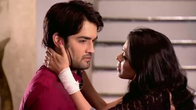 Ria tries to get close to RK: Ep-458, Madhubala #Seg 2