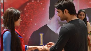 RK asks Madhu to marry hi...