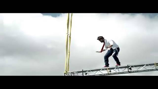 Salman's moonwalk in mid-air! #KKK