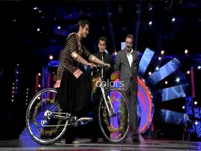Sonakshi's bicycle ride #Day 13, Sneak Peek