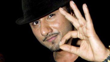 Stop everything because Yo Yo Honey Singh backs Yo Yo Boys on IGT!