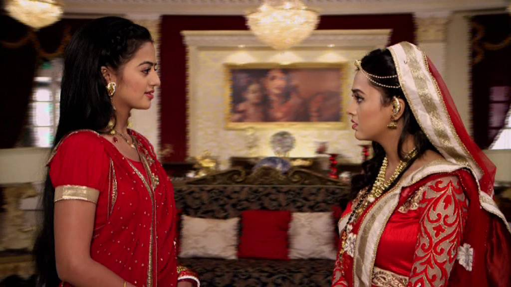 Swaragini Spoiler: Swara backlashes at Ragini