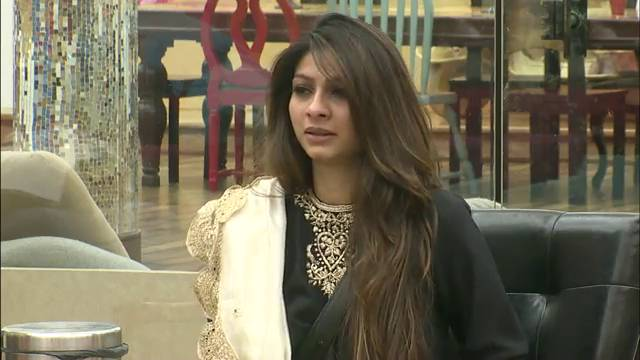 Tanishaa can't tolerate Ajaz!: BB Saath – 7, Day 78 #Seg-1