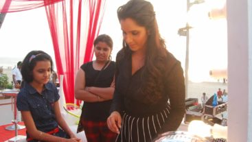 Three gestures of Sania Mirza that prove that she is a true humanitarian!