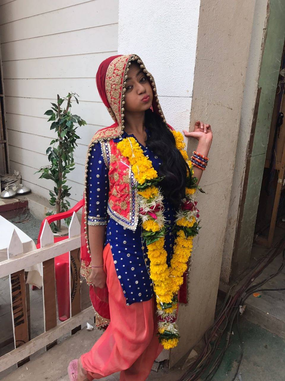 Photos : Helly Shah From 'Devanshi' Being Her Adorable Self!