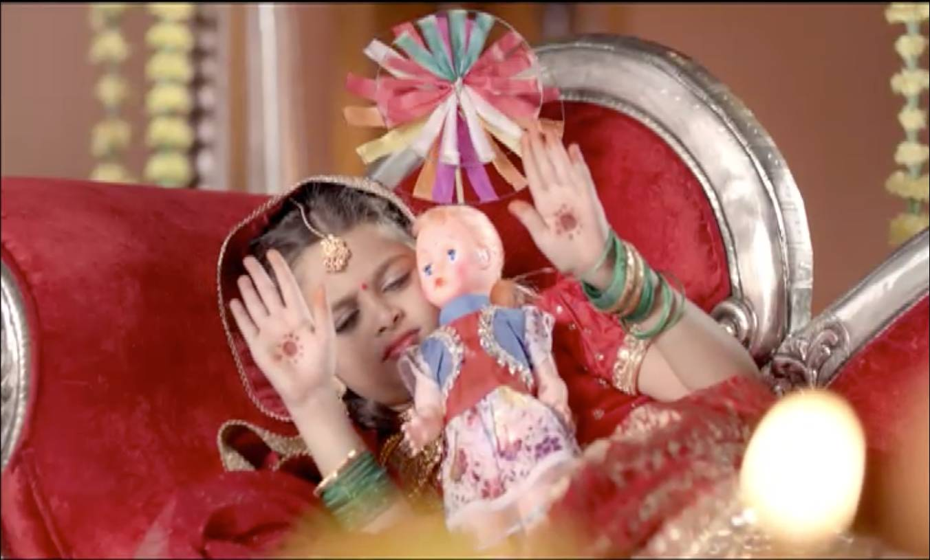 Will Devanshi be able to enjoy her childhood?