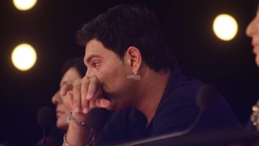 Yuvraj bowled over by Nitish's talent