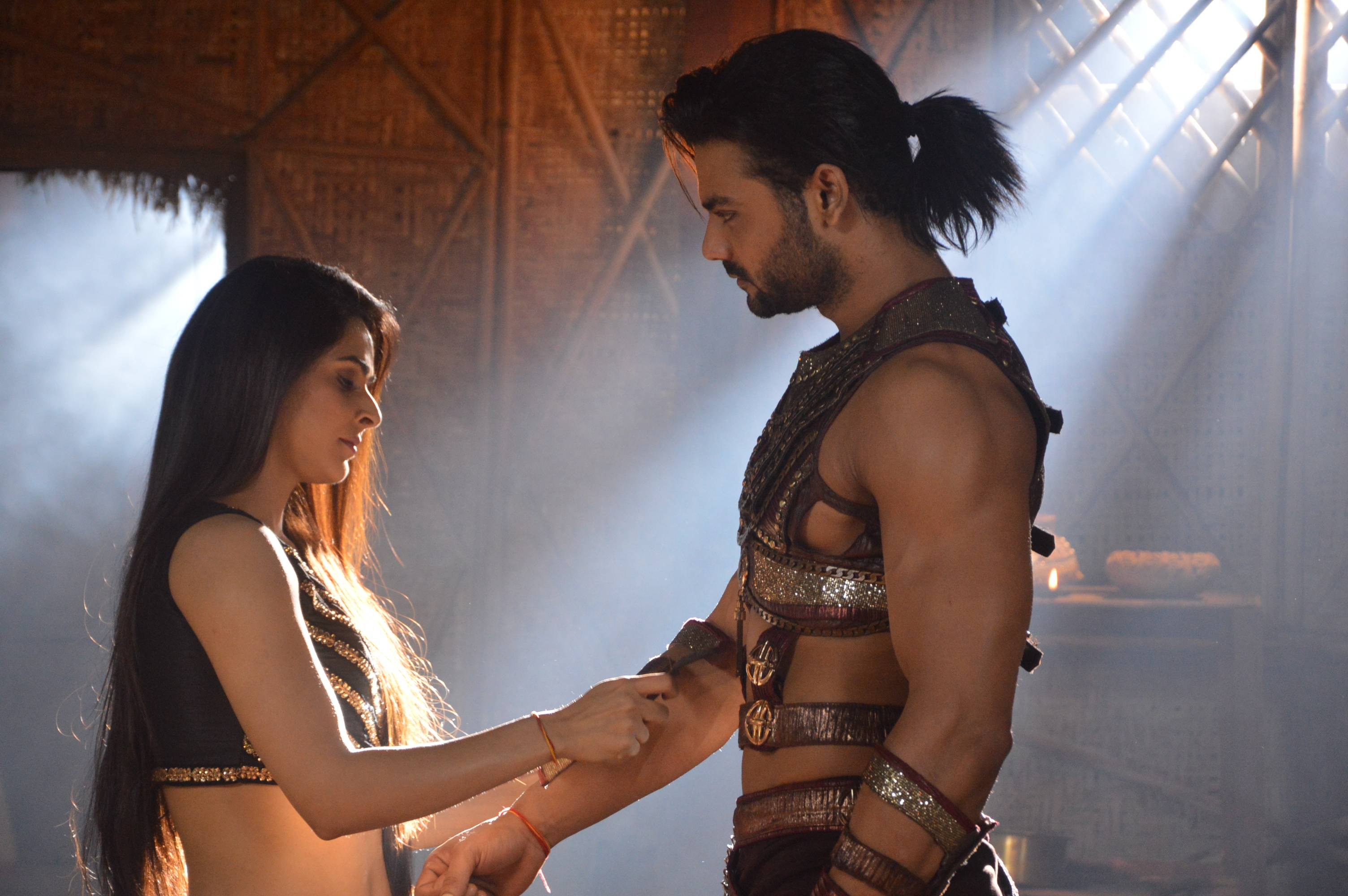 These adorable moments between Chandrakanta & Veer will melt your heart.