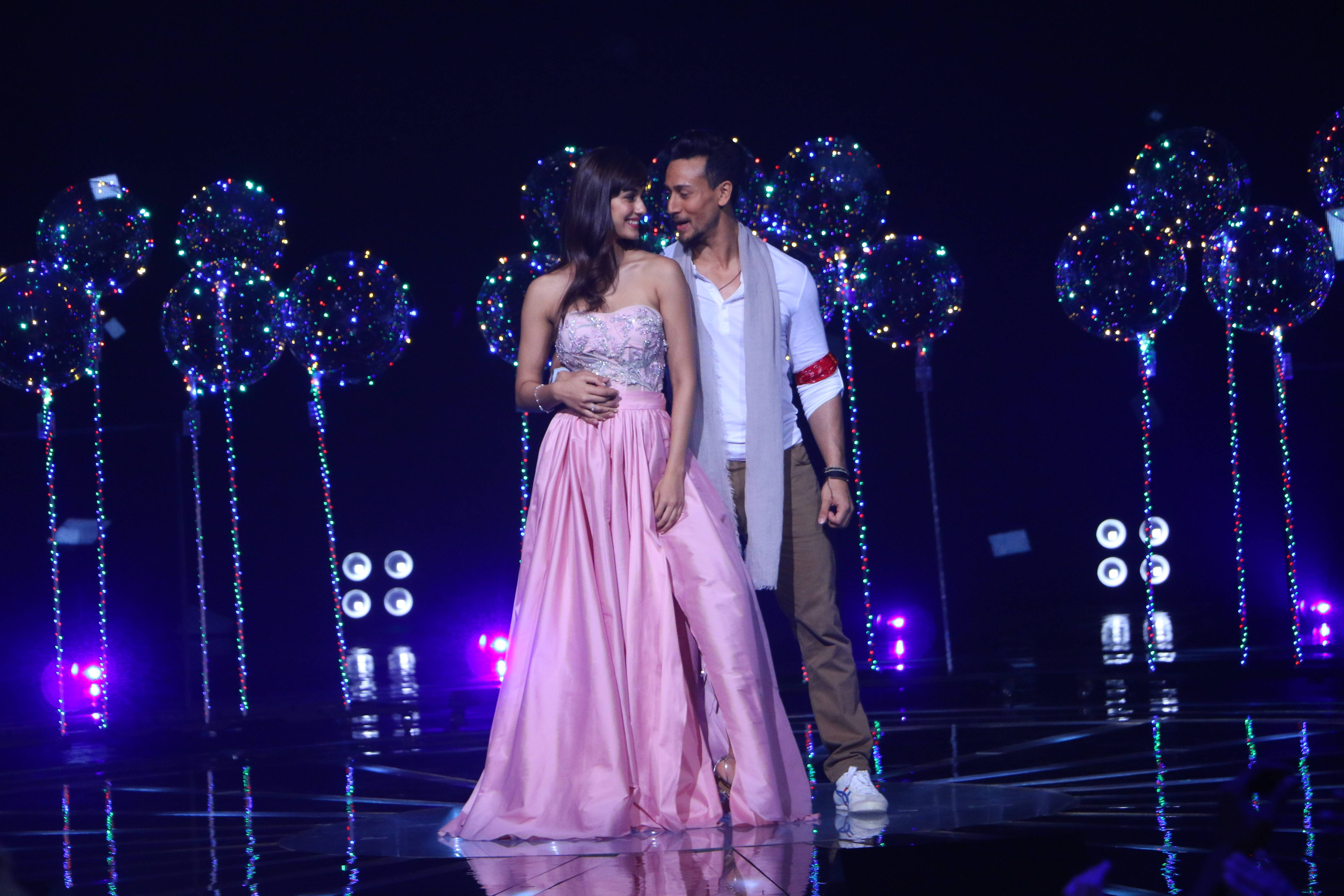Tiger Shroff and Disha Patani steal hearts on Rising Star 2.